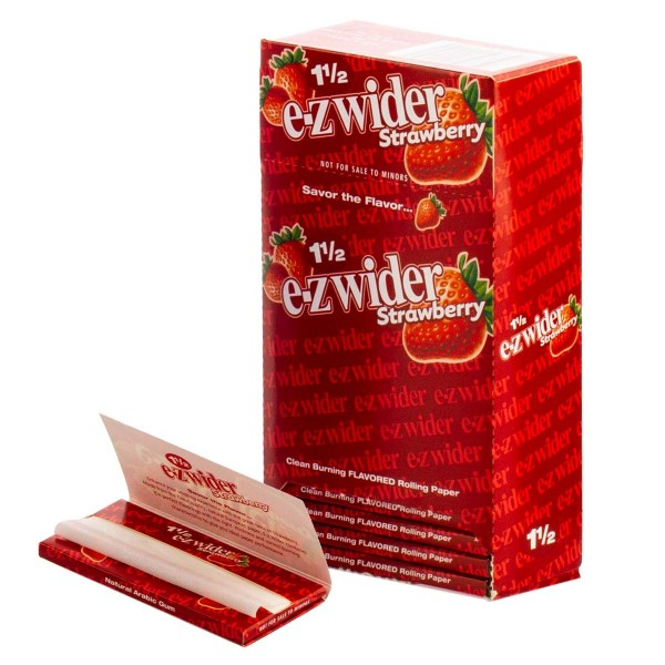 E-Zwider   Strawberry Flavour Papers 1 1/2 Strawberry 32 pcs in one package and 24 pcs in a Booklet/