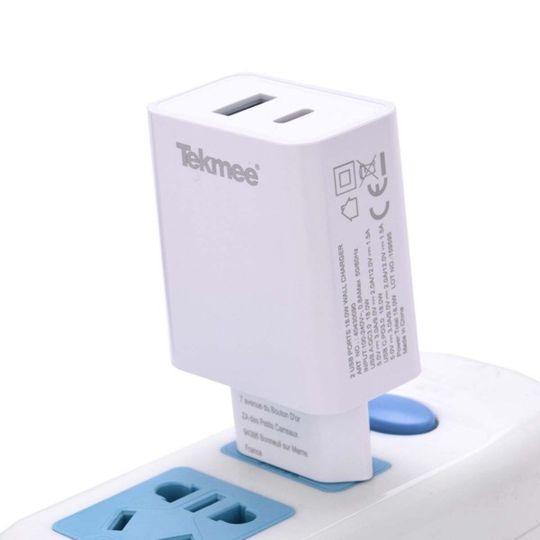 Tekmee   USB poort PD+QC wall fast charger 10pcs in a display
